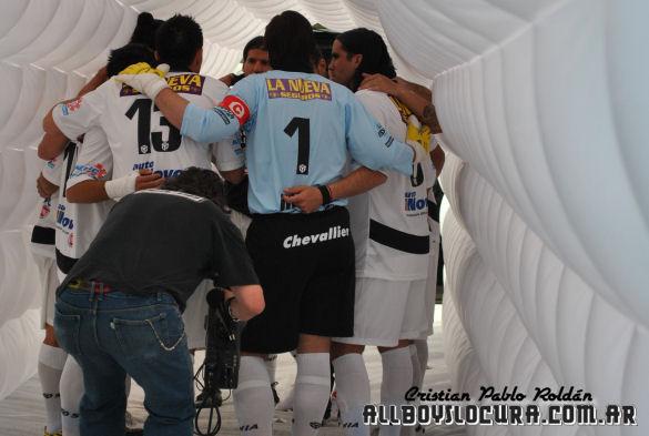 Apertura-2010-Fecha-09-AllBoys-Tigre-Foto-07