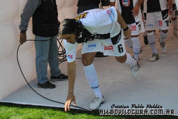 Apertura-2010-Fecha-09-AllBoys-Tigre-Foto-08